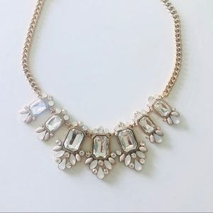 💎FOREVER 21💎STATEMENT NECKLACE